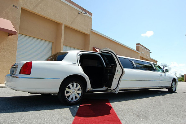 Lexington Lincoln Limos Rental